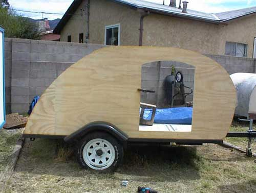 Sam's Teardrop Trailer - Building the Walls